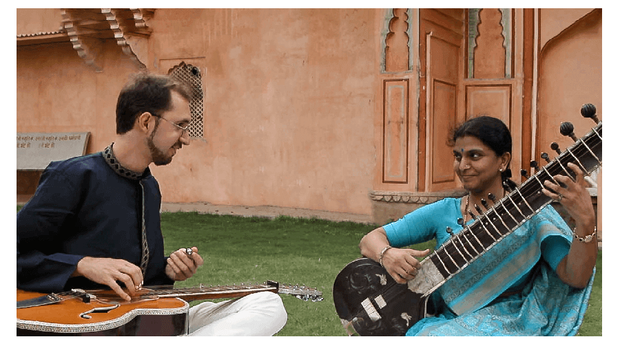 Learn Tribal Fingerstyle Guitar With Niwel Tsumbu
